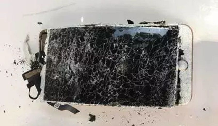 burnt-iphone-7-front