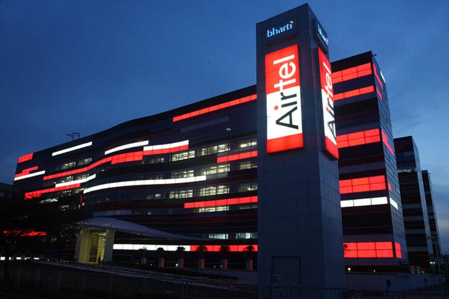 Airtel new tariff plan 56 28days per day 2gb 4g data unlimited calling rs 129 399 499 Reliance Jio Vodafone Idea benefits
