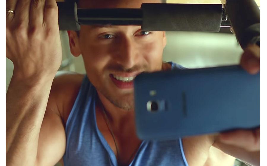 Image result for 2 जुलाई को आ रहा सैमसंग गैलेक्सी आॅन सीरीज़ का नया स्मार्टफोन, अभिनेता टाइगर श्रॉफ कर सकते हैं लॉन्च