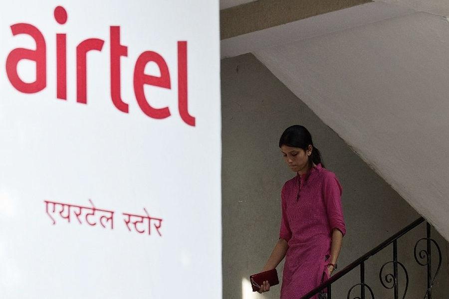 Airtel shuts down 3G network in Kolkata india L900 technology 900 MHz 4g network