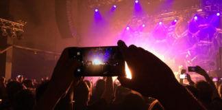 स्मार्टफोन से रात में भी कैसे करें अच्छी फोटोग्राफी? जानें 6 शानदार ट्रिक्स