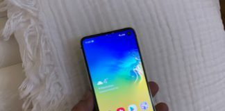 Samsung Galaxy S10e price drop 3000 ITFIT Bluetooth Earphone worth 1999 free gift with Galaxy A70s