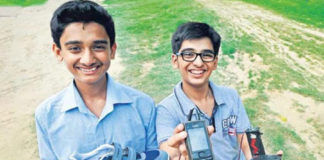 smartphone-will-charge-by-walk-kinetic-energy-delhi-student-develop-new-techno-gadget-make-in-india