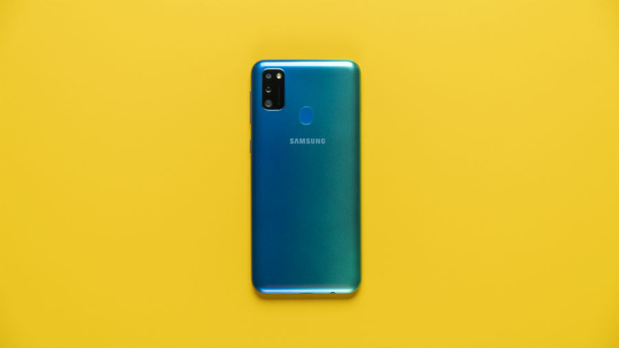 Galaxy Turns 10 in india Samsung Offers on Smartphones price sale