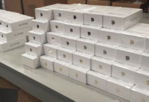 LG Electronics to sell Apple iPhones in its 200 retail outlets from August in korea