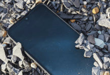 Dust, Water and Drop Proof Rugged SmartPhone Motorola Defy goes official